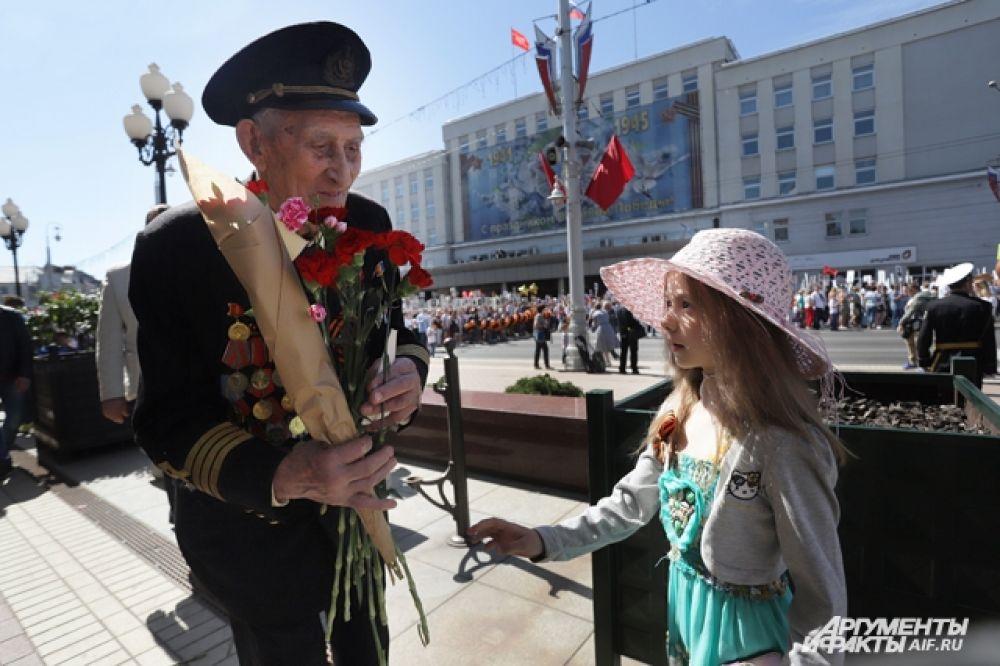 Ветераны на Параде Победы в Калининграде.