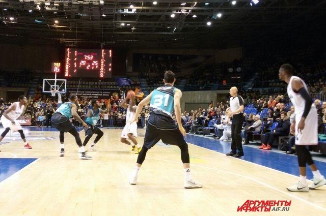 Пермские баскетболисты и во втором сезоне не сумели пробиться в плей-офф турнира, хотя были очень близки к этому.