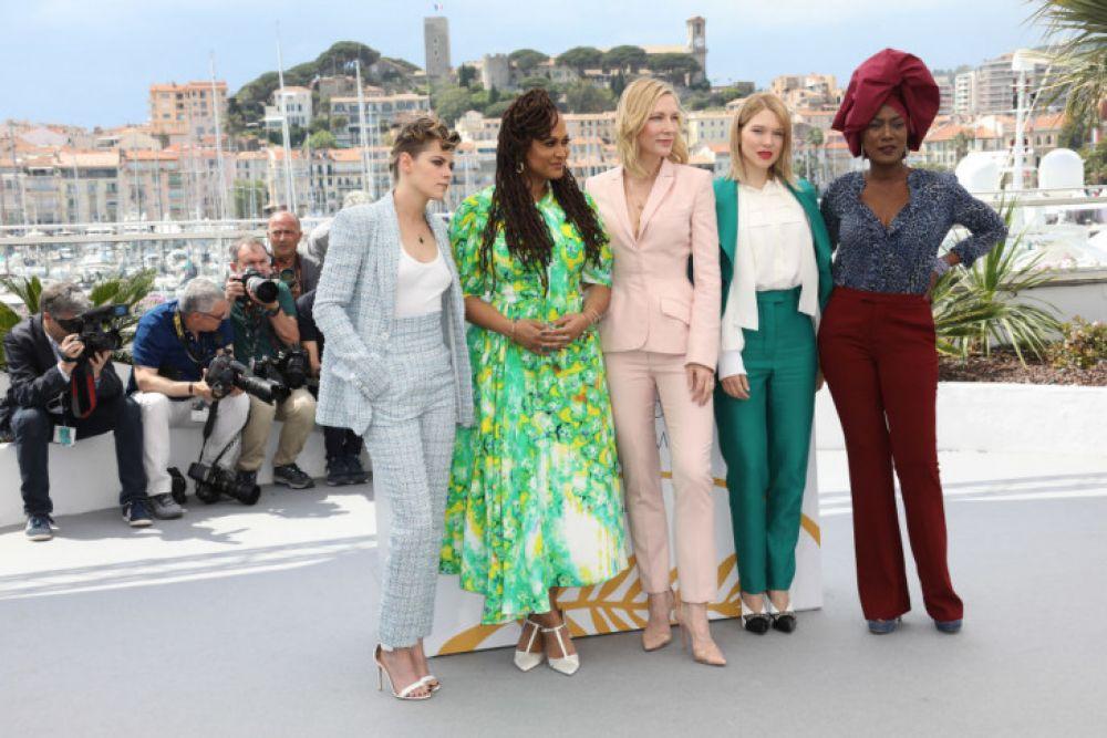 Кристен Стюарт, Кейт Бланшетт и другие актрисы на церемонии открытия Каннского кинофестиваля.