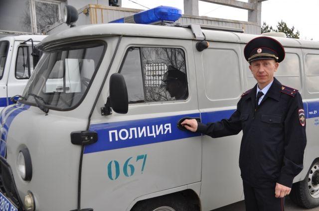Денис Рычков служит Родине и в полицейской, и в спортивной форме.