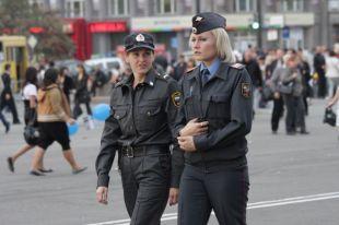 Сейчас девушки в форме стражей порядка - привычное явление на городских улицах, но так было далеко не всегда.