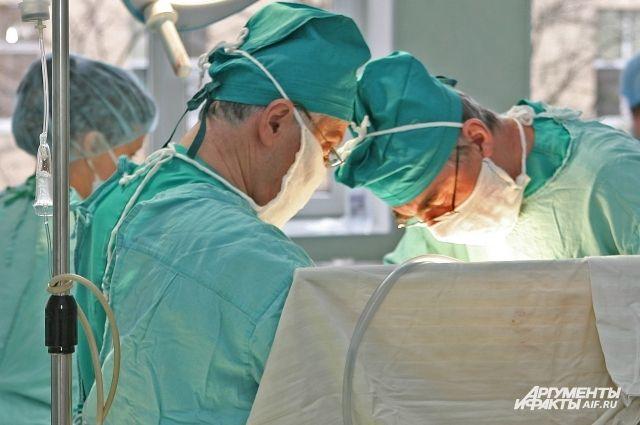 В Калининграде мошенник выдает себя за главврача областной больницы.