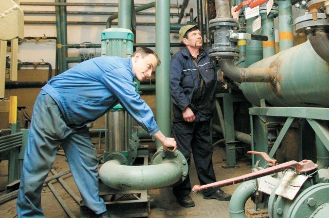 Коммунальные службы приступили к подготовке к будущему отопительному сезону, составляют график ремонтных работ.
