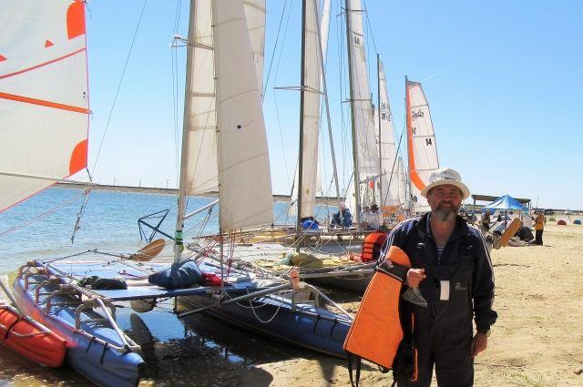 Александр Лебеденко: гонка стартовала на цимлянском городском пляже и проходила в четыре этапа.