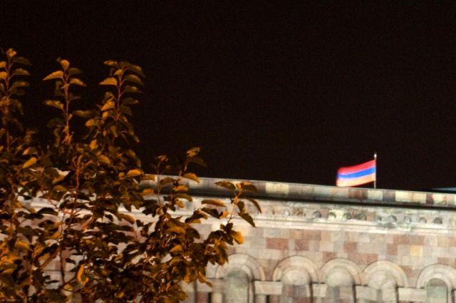 Президент Армении назначил всех министров возглавляемого Пашиняном руководства