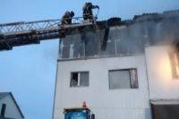 На месте пожара работали 6 единиц техники и 53 человека личного состава МЧС.