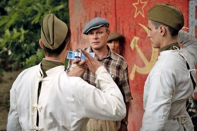 Про борьбу с ростовскими бандитами снято немало фильмов. Кадр из фильма «Однажды в Ростове».