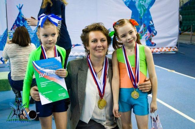 Юлия Волощук с воспитанниками