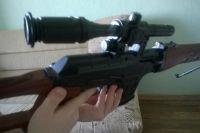 В Беляевском районе 8-летний мальчик подстрелил себя из винтовки.