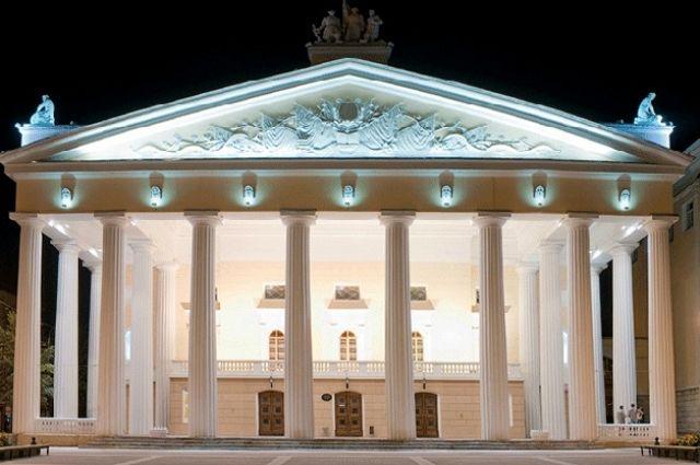 Совещание  организационного комитета  попроведению театрального фестиваля провели в руководстве  Брянской области