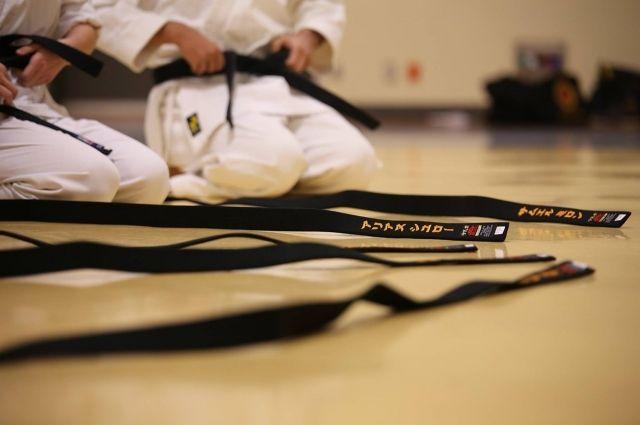 Сургутские каратисты начали подготовку к первым в своей жизни Играм