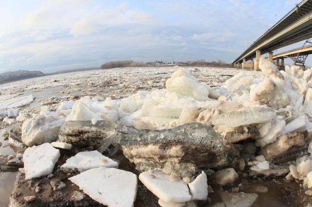 Ледоход на реке Обь в районе Салехарда ожидается после 26 мая.