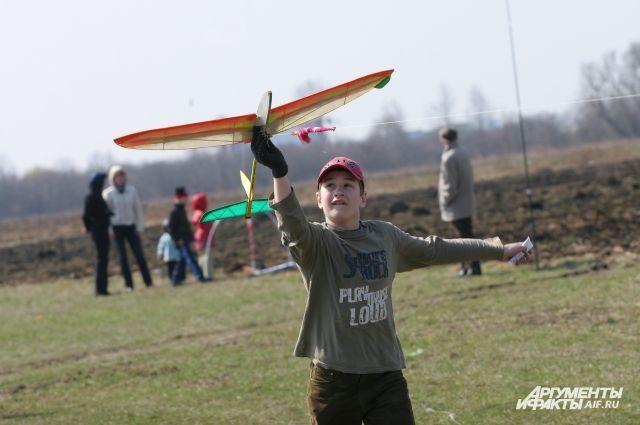 На Девау пройдет Фестиваль авиационных видов спорта.