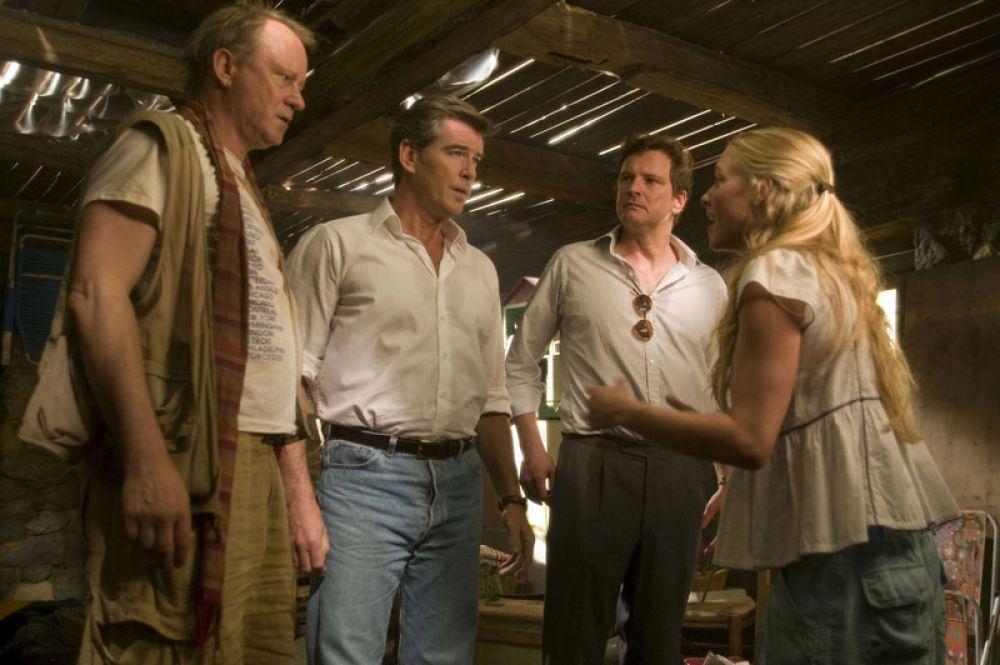 В 2008 году Пирс Броснан снялся в фильме-мюзикле «Мамма миа!», за что спустя год получил премию «Золотая малина».