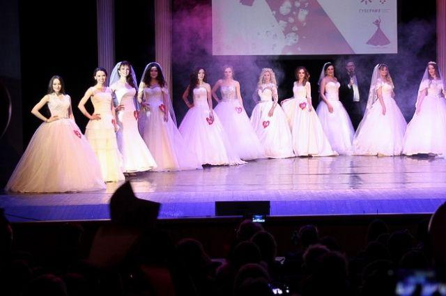 Конкурс «Бриллиантовая невеста» в России проходит с 2000 года.