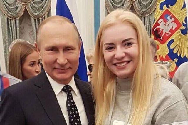 Е. Мошковская: «Я очень горжусь знакомством с президентом, ценю его внимание к спортсменам, его доброту и силу».