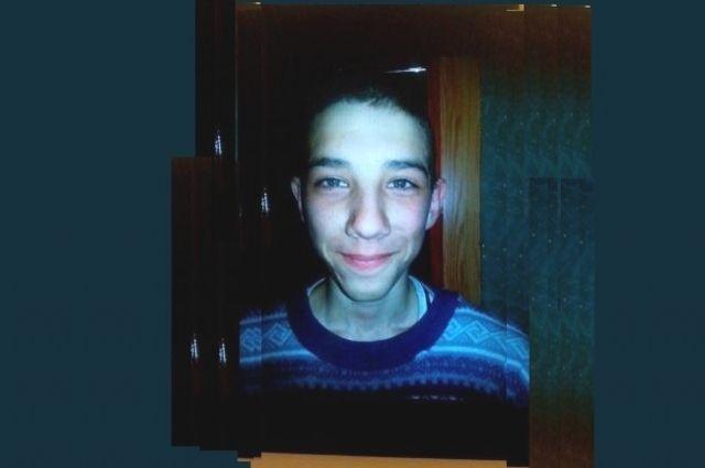 В последний раз мальчика видели на дороге, ведущей в Соликамск.