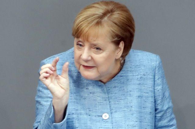 Меркель назвала темы, которые обсудит сПутиным вСочи