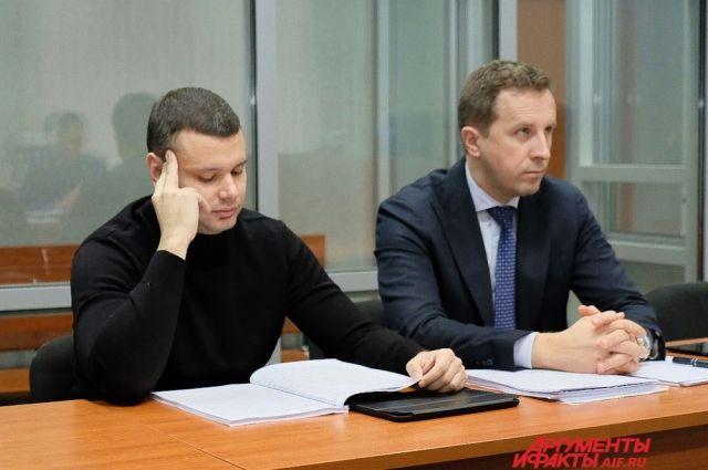 Гособвинение предложила приговорить бывшего министра к пяти годам лишения свободы условно с испытательным сроком четыре года и штрафом в один миллион  рублей.