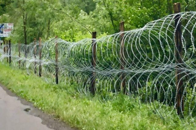 В Украине поставили забор на границе с Румынией