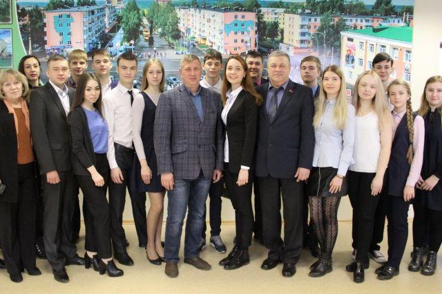 В Березовском начал свою работу молодежный парламент.