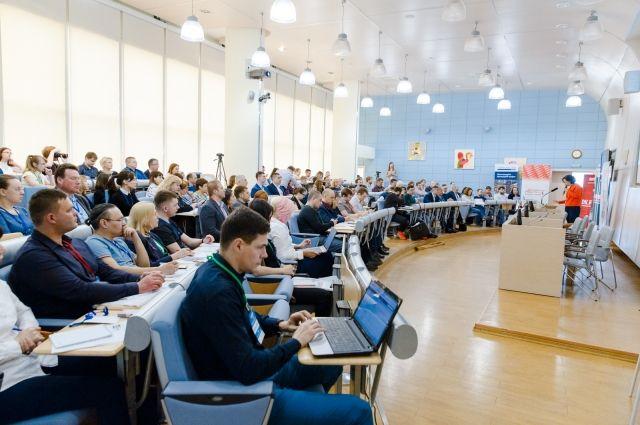 Представители сибирских компаний и интернет-магазинов съехались в Новосибирск из 9 городов России.