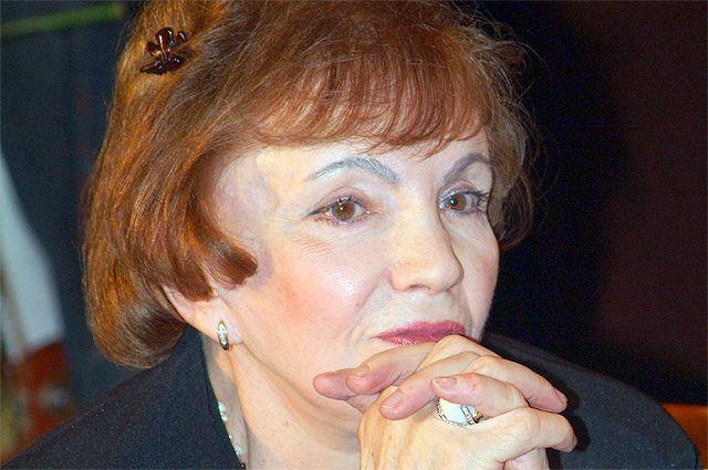 Римма Казакова.