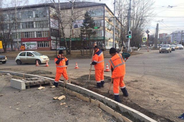 В 2018 году отремонтируют автомобильную дорогу «Переход Стаханова-Ива», а также ул. Екатерининская, ул. Космонавта Леонова, ул. Налимихинская, Южная дамба.