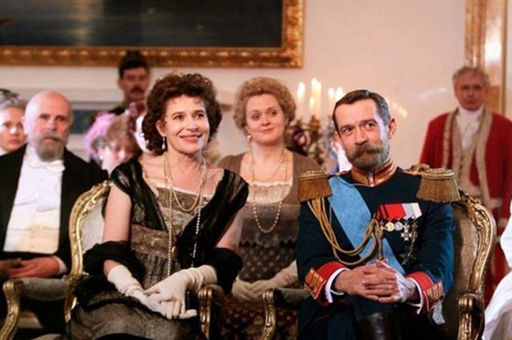 В исторической картине совместного производства России и Франции «Распутин» 2011 года в роли Николая II снялся Владимир Машков.