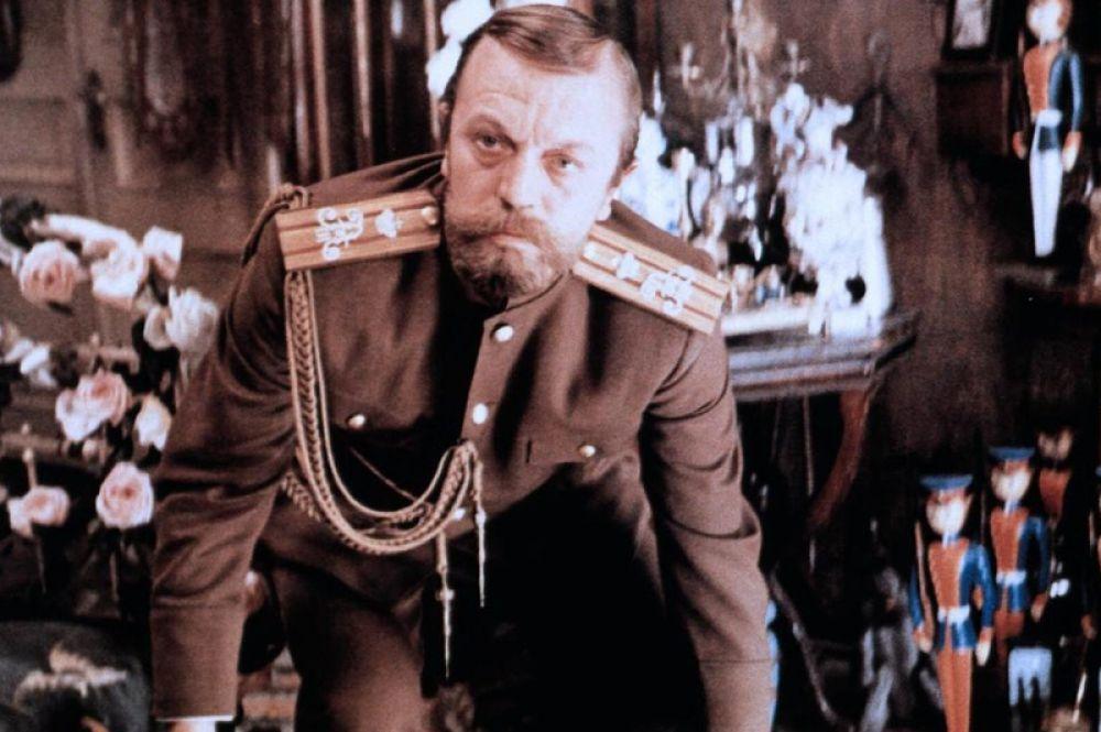 В двухсерийном художественном фильме Элема Климова «Агония», снятом в 1974 году по сценарию Семёна Лунгина императора сыграл Анатолий Ромашин.