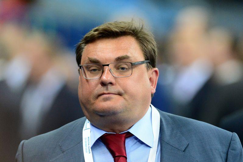 Вице-премьером и руководителем аппарата правительства стал Константин Чуйченко, бывший начальником контрольного управления администрации президента.