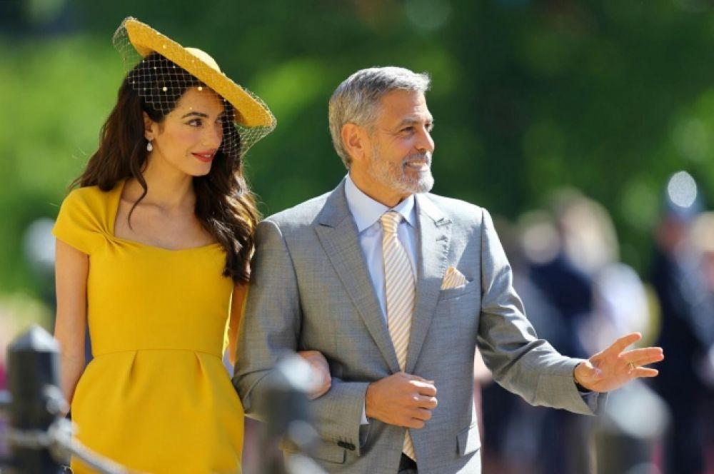 Также на церемонии присутствовали Джордж и Амаль Клуни. Амаль Клуни вновь была иконой стиля и привлекла внимание своим элегантным нарядом.