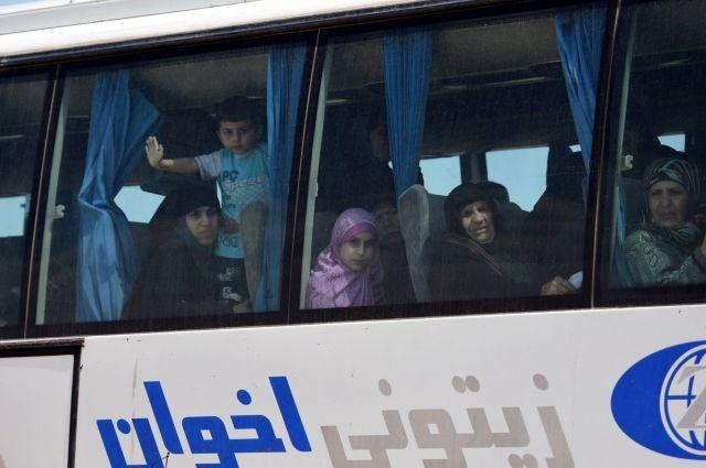 Практически  300 человек вернулись всвои дома вСирии