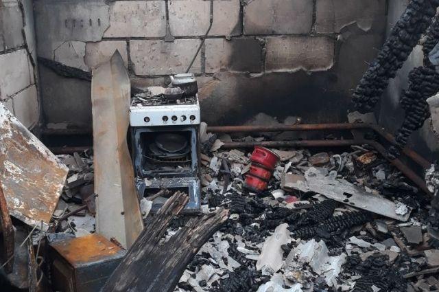 Дом Чурсиных был почти полностью уничтожен во время пожара