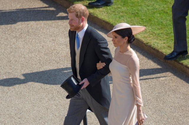 Принц Гарри и Меган Маркл впервые вышли в свет как супруги