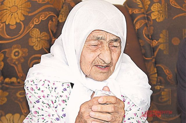 Вспоминает Коку Истамбулова не горе и трудности, а своё счастливое, хоть и бедное детство.