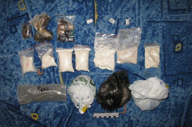Закладки наркотиков - основной канал сбыта
