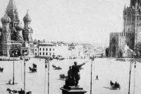 Первое электрическое освещение Красной площади. 1896 год.