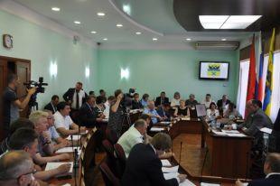 Комитеты городского Совета начали подготовку к внеочередному заседанию.