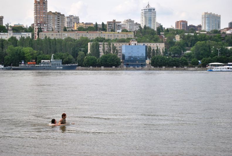 На городском пляже Ростова-на-Дону в 2018 году запрещено отдыхать и купаться.