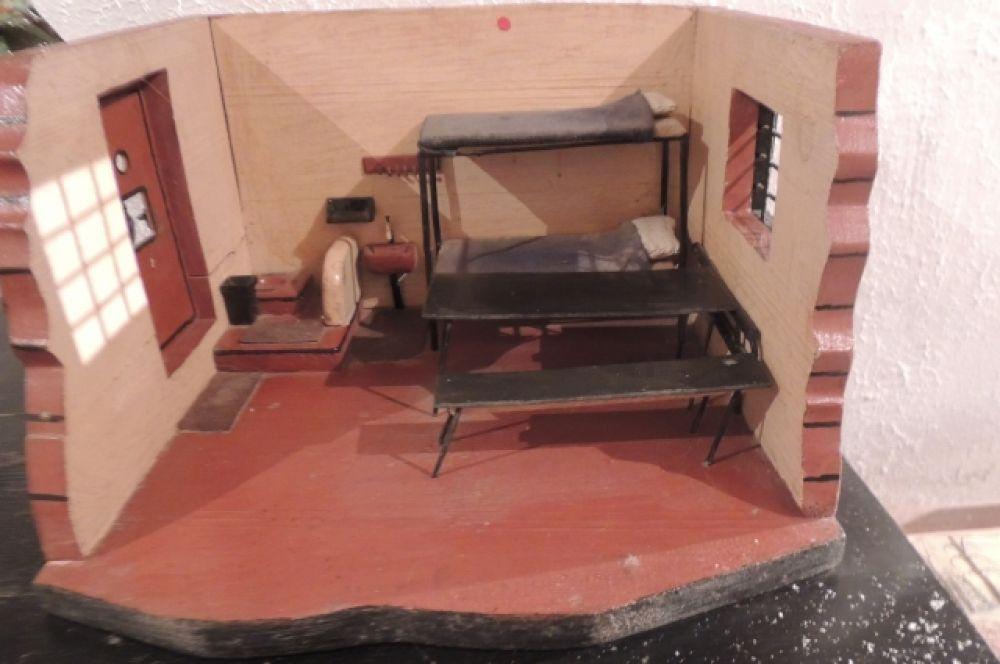 Благодаря таким макет сотрудникам тюрьмы наглядно показывали, где могут спрятаться осужденные и расположение камер.