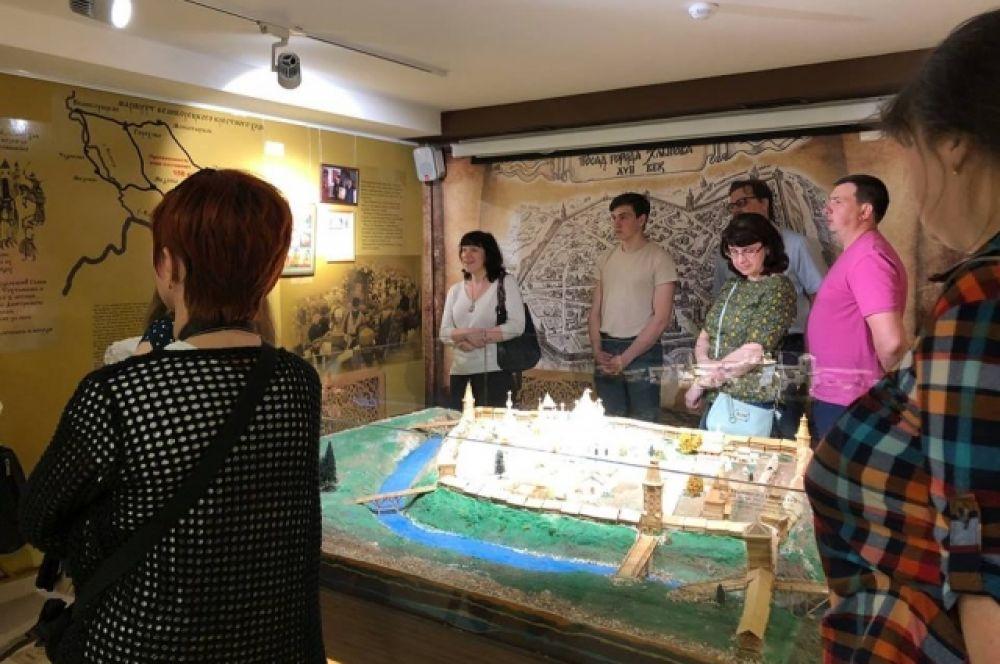 """""""Музей истории Хлынова"""" - это уникальный для нашего города музей. Здесь в интерактивной форме рассказывается о периоде становления и развития древнего града Хлынова в период с его основания до 1780 года."""