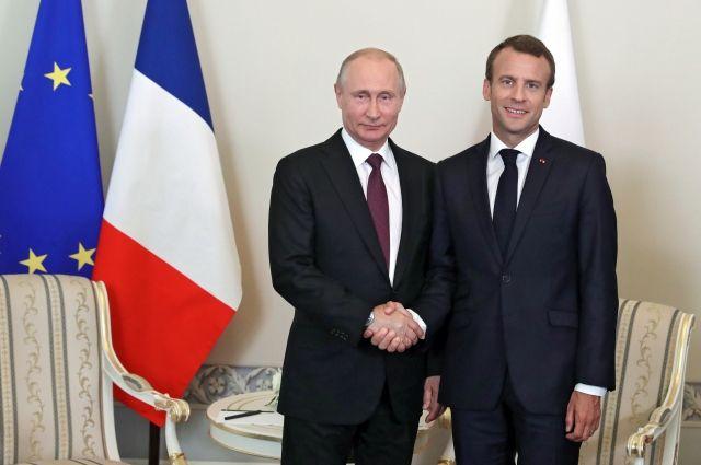 Путин иМакрон обсудили выход США изядерной сделки, Сирию и Украинское государство
