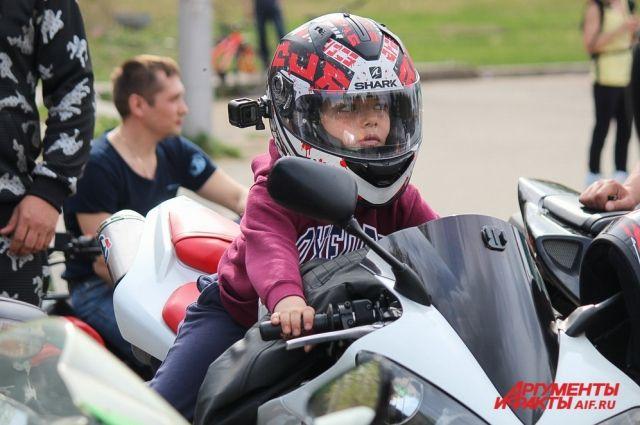 Если вы делаете только первые шаги в умении рулить мотоциклом, послушайте советы опытных байкеров.