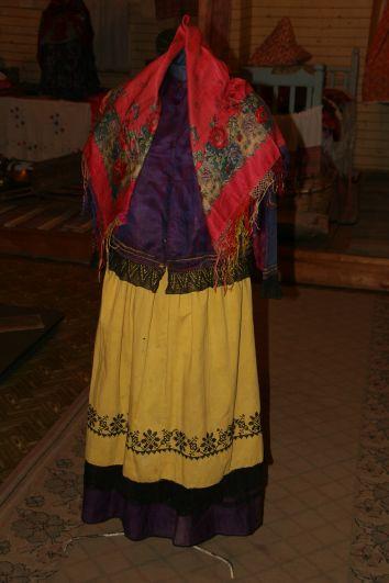 Образец русского костюма XIX века из собрания Пестречинского краеведческого музея.