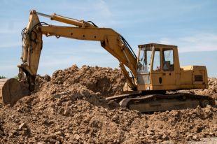 Компания добывала песок и не рекультивировала земли.