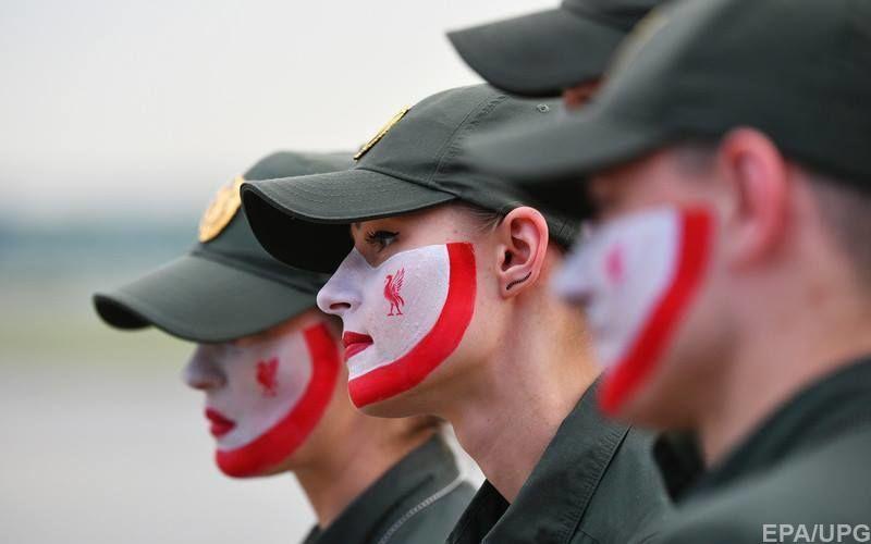 В пятницу, 25 мая украинские пограничники в масках цвета команды