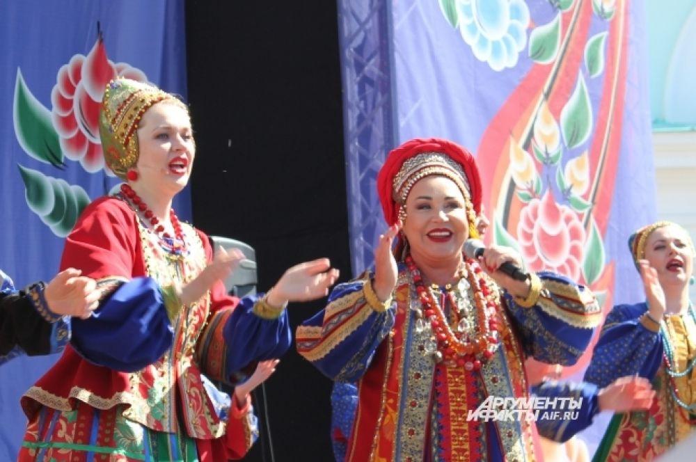 Надежде Бабкиной так понравился фестиваль, что она задумалась над тем, чтобы приехать в Никольское ещё.