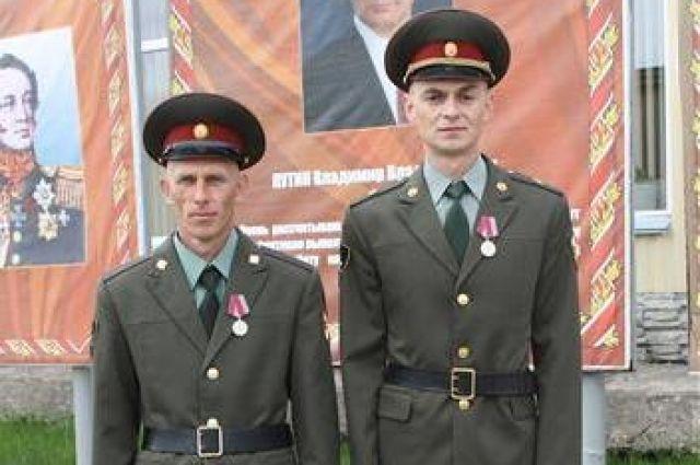 За смелые и решительные действия в экстремальной ситуации героев-росгвардейцев представили к ведомственной медали «За спасение».