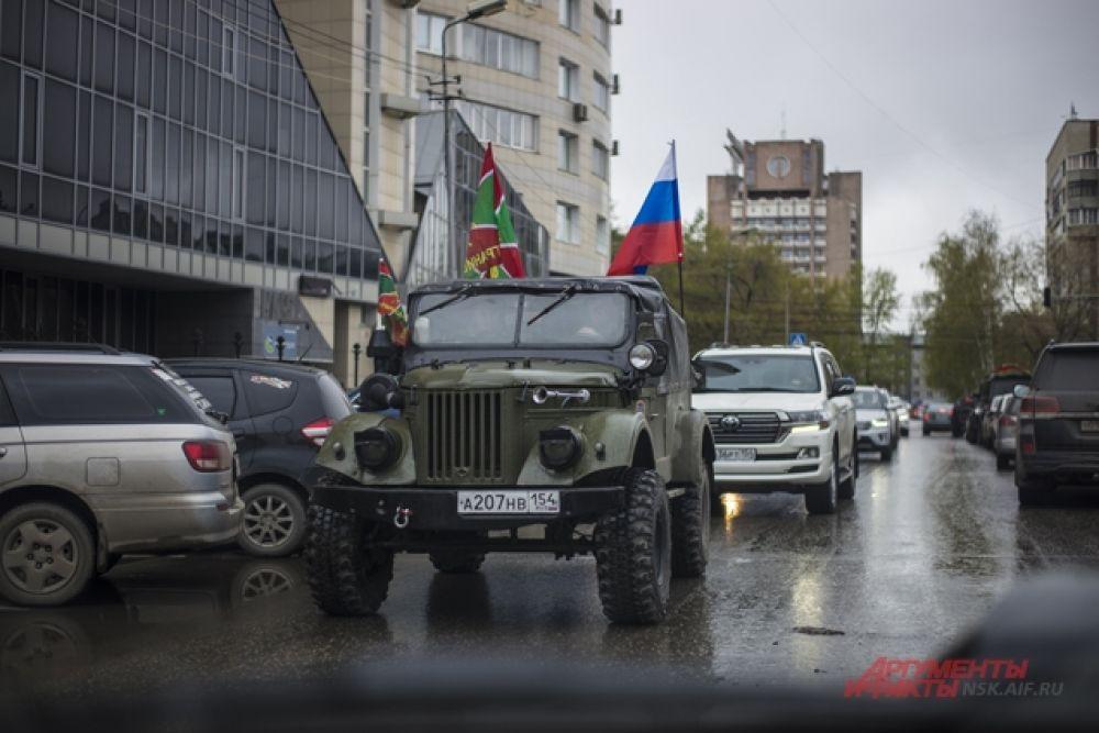 Пограничники проехались по улицам города.